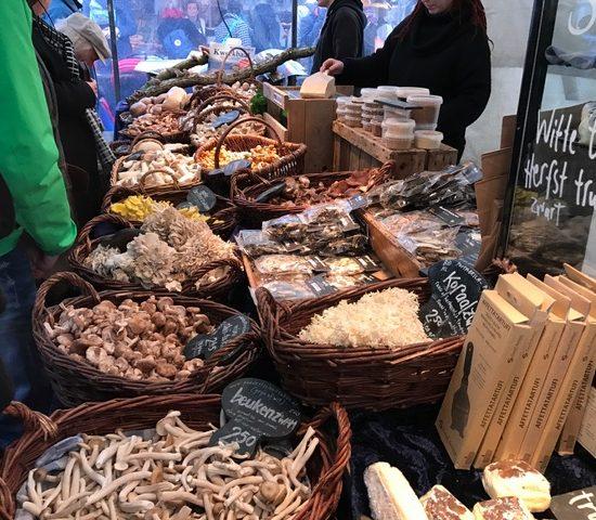 paddenstoelen-op-de-noordermarkt